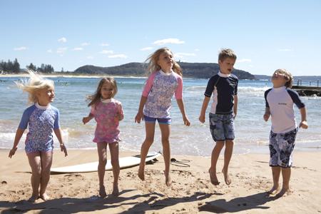 3 Benefits Of Buying Childrens Swimwear Online