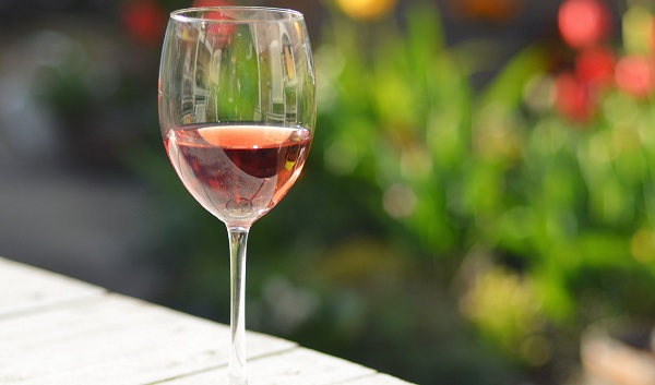 Benefits of Buying Rose Wine