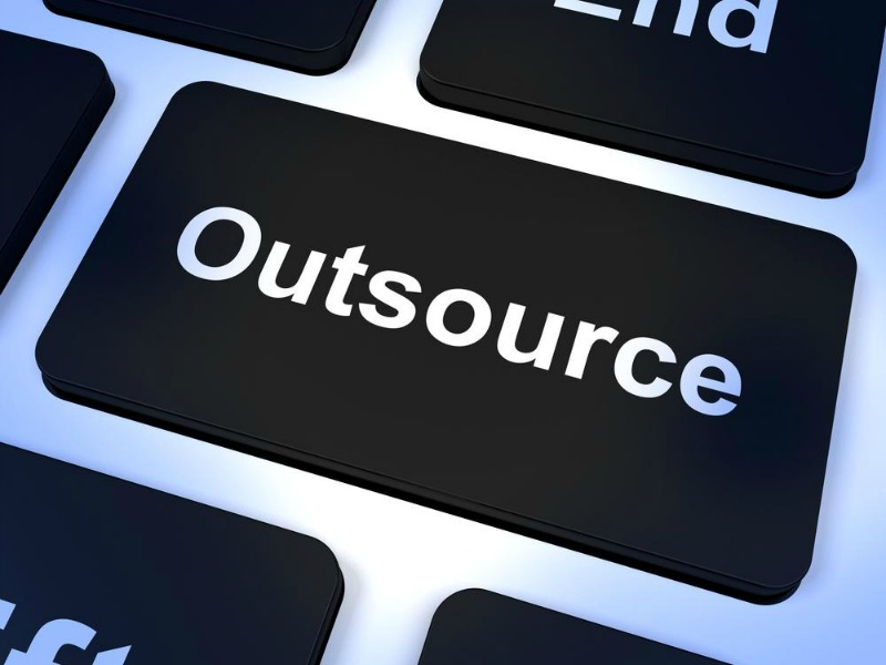 3 Benefits of Outsourcing IT Support
