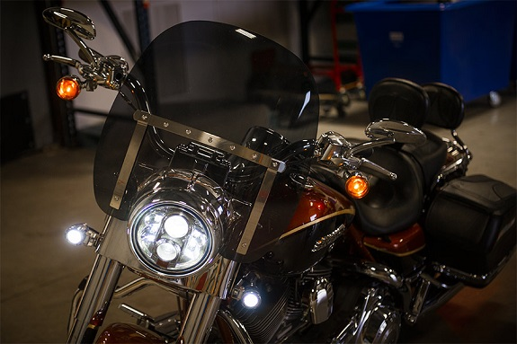 3 Benefits of LED Motorcycle Headlights