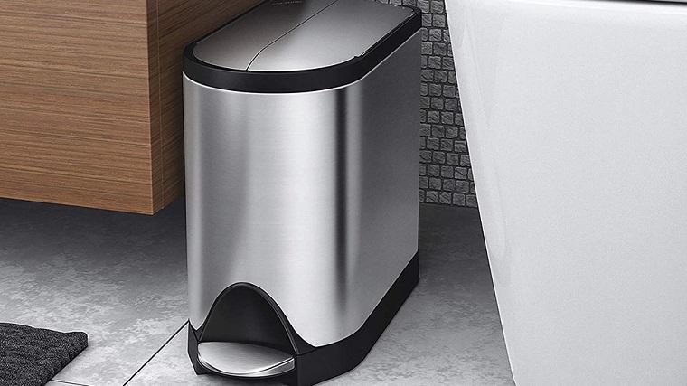 Bathroom-Trash-Can