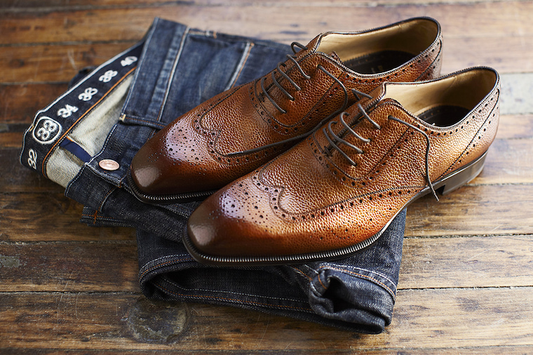 leather shoes with jeans