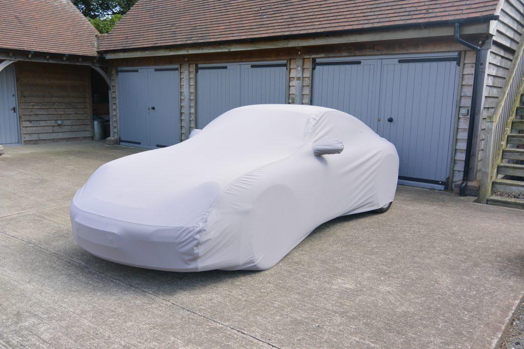 custom-made-outdoor-car-cover_10076_catalogue_list_original