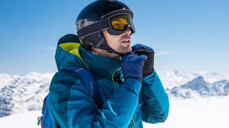 Men's snow helmet